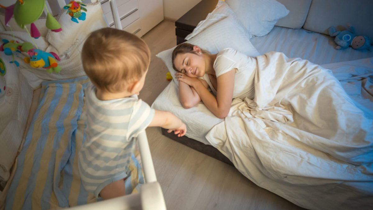 7 причин по которым дети просыпаются в 5 утра и что с этим делать?